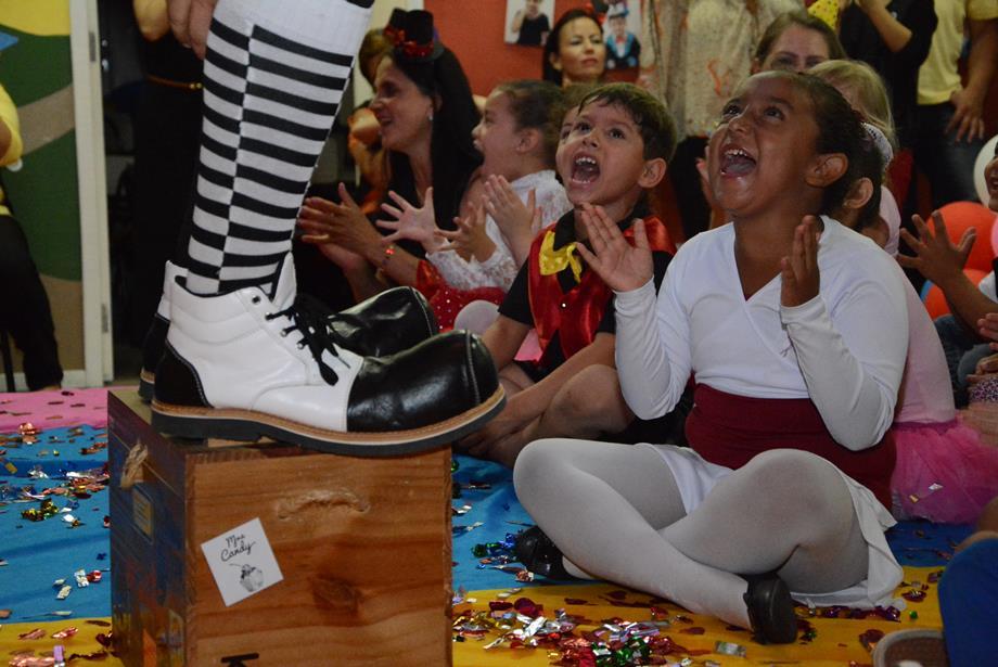 Apresentações Infantis na LBV - CUritiba